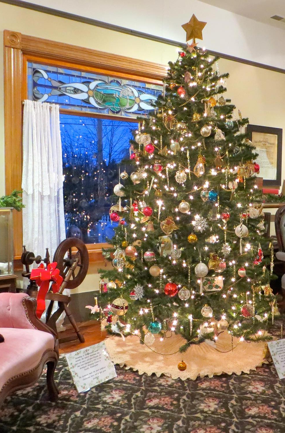 White house christmas ornaments historical society - Historical House Christmas Tree Source Huron Township Historical Society Facebook Page
